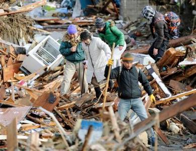 japan-confronts-nuclear-crisis-after-massive-quake_2011_650105-1